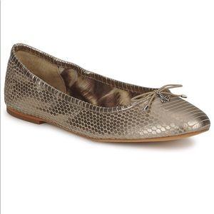 Sam Edelman metallic gold reptile pattern flats 9
